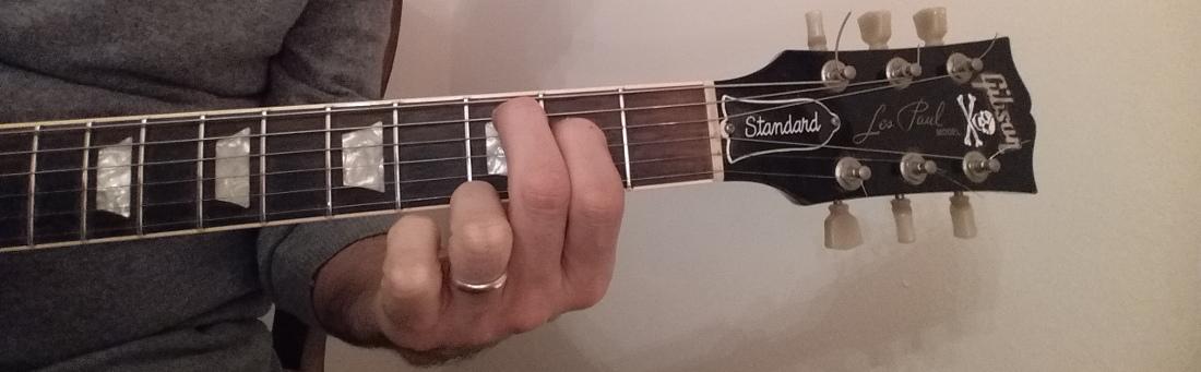 C major 7th guitar chord 332000 fingering