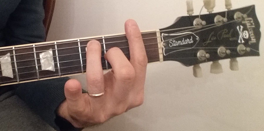 F7 guitar chord fingering shape 1