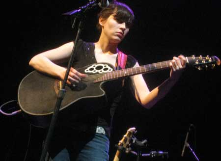 kaki king ovation guitars