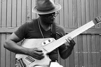 Tosin Abasi | 8 strings guitar genius article icon